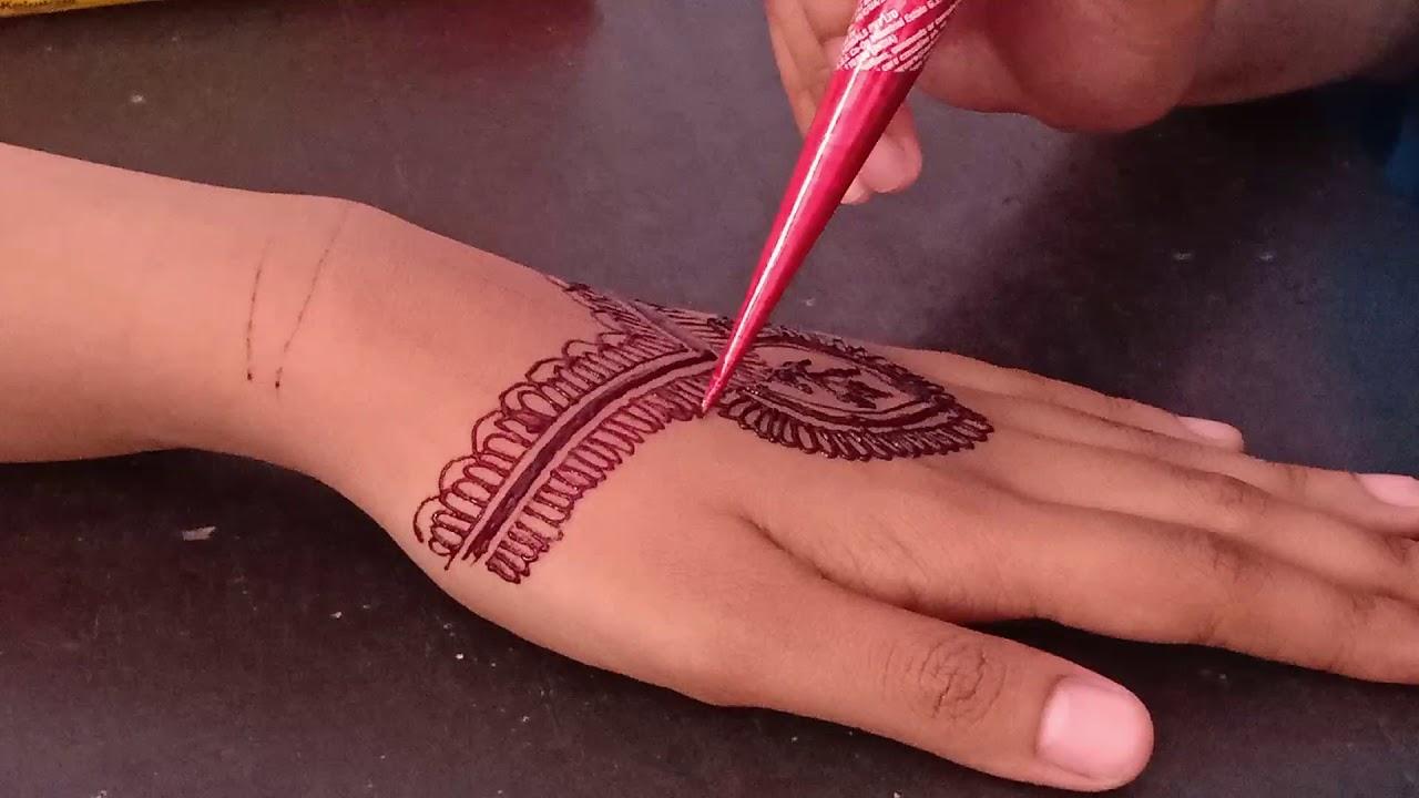 Bingung Motif Henna